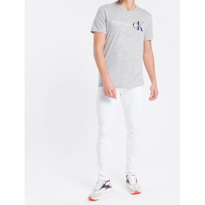 Camiseta Masculina Logo Flame Cinza Mescla Calvin Klein Jeans