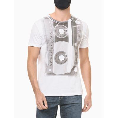 Camiseta Masculina Estampa Fita Cassete Branca Calvin Klein Jeans