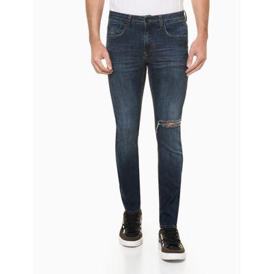 Calça Jeans Masculina Super Skinny Rasgada no Joelho Azul Marinho Calvin Klein