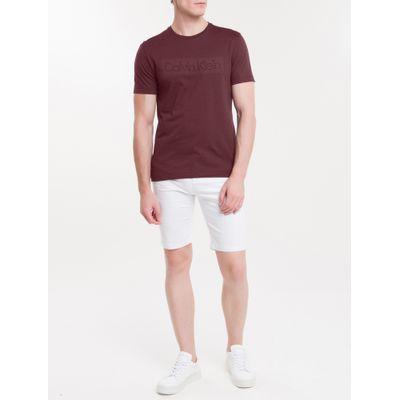 Camiseta Masculina Slim Logo em Relevo Bordô Calvin Klein